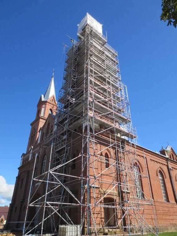 KIC nuotr./Ylakių Viešpaties Apreiškimo Švč. Mergelei Marijai bažnyčia remonto darbų įkarštyje.