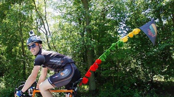 J.Vanagės nuotr./Palangiškis Tautvydas Lubys dviračiu ketina nukeliauti iki Vilniaus ir atgal