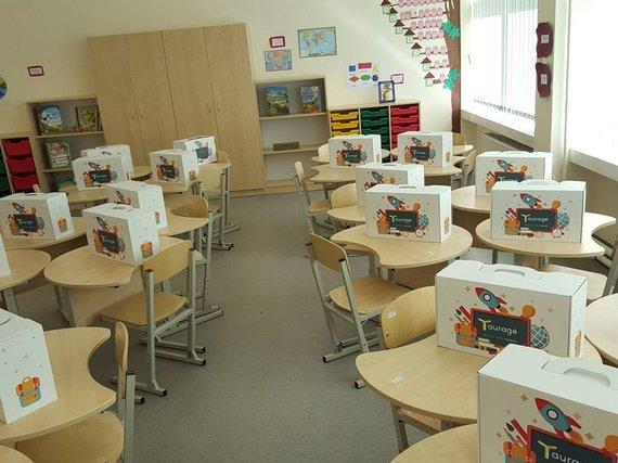 M.Petraičio nuotr./Tauragės rajono savivaldybė moksleivius ir mokytojus aprūpino visomis būtinomis mokymosi priemonėmis.