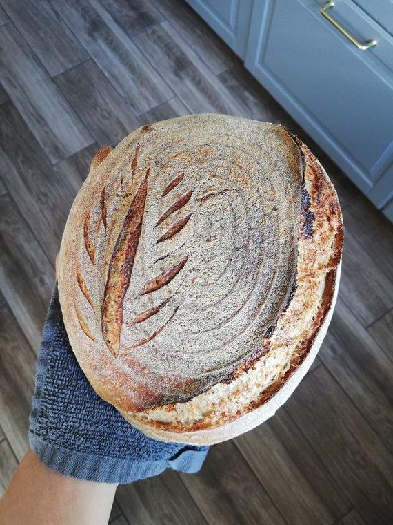 Asmeninio arch. nuotr./Simonos kepami duonos kepalėliai.