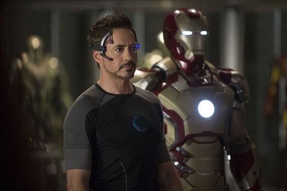"""Kadras iš filmo/Robertas Downey jaunesnysis filme """"Geležinis žmogus 3"""""""