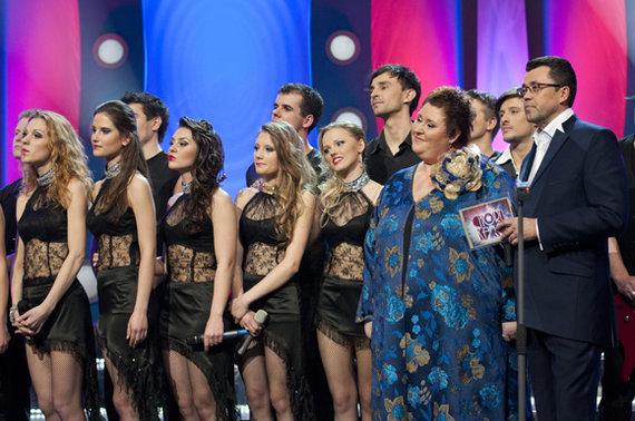 Adomo Jablonskio nuotr./Burgundiškasis Kauno choras, Jessica Shy - juodai apsirengusi antra mergina iš dešinės
