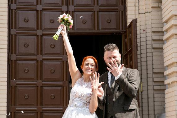 Juliaus Kalinsko / 15min nuotr./Julijos Jegorovos ir jos mylimojo Karolio vestuvių akimirka