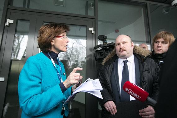 Juliaus Kalinsko/15min.lt nuotr./Prie Norvegijos ambasados
