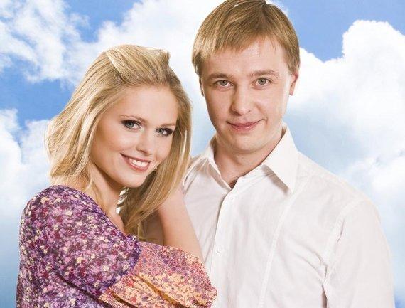 """TV3 nuotr./Serialo """"Naisių vasara"""" pagrindinių aktorių pora A.Grudytė ir A.Žvinys"""