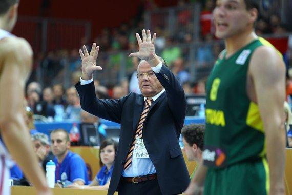 Tomo Tumalovičiaus nuotr./Serbijos krepšinio rinktinės treneris Dusanas Ivkovičius