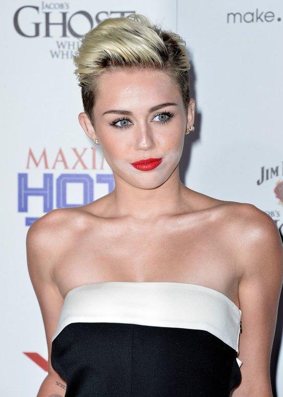 "AFP/""Scanpix"" nuotr./Miley Cyrus (2013 m.)"