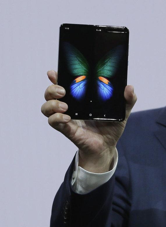 """Scanpix""/AP nuotr./""Samsung"" pristatė ""Galaxy S10"""
