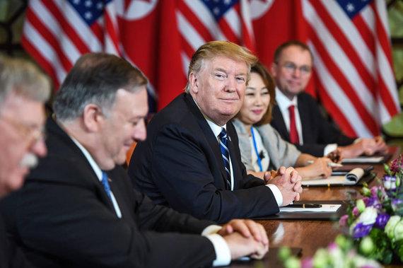 """AFP/""""Scanpix"""" nuotr./Donaldas Trumpas ir Kim Jong Unas"""