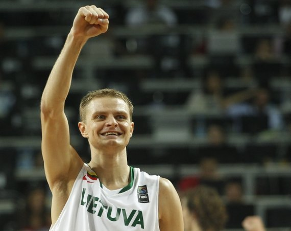 """""""Reuters""""/""""Scanpix"""" nuotr./R.Seibutis nukalė Lietuvos jaunimo (U21) rinktinės pergalę pasaulio čempionate"""