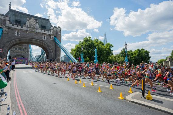 Alfredo Pliadžio nuotr./Moterų maratonas Londone