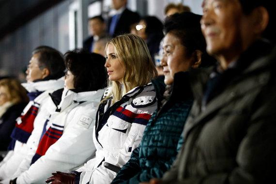 """""""Scanpix"""" nuotr./""""Pjongčangas 2018"""" uždarymo ceremoniją stebėjo ir JAV prezidento duktė Ivanka Trump"""