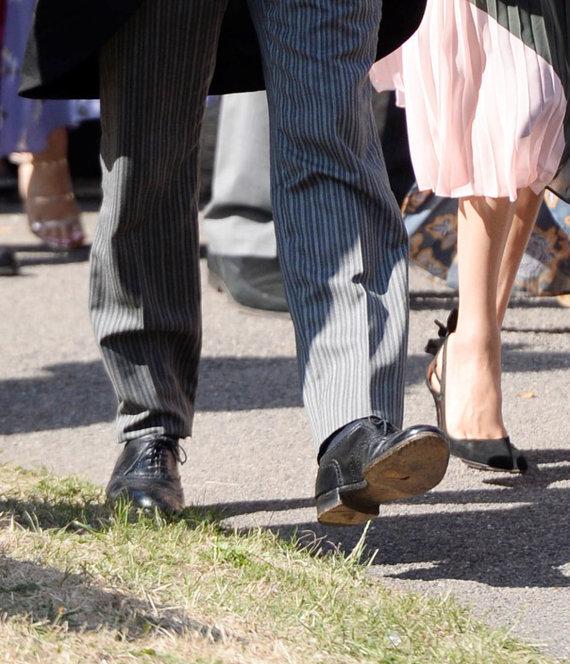 Vida Press nuotr./Skylė princo Harry batuose