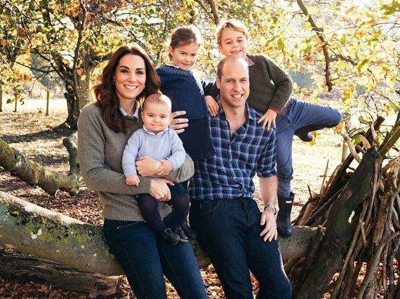 Matto Porteouso nuotr./Princas Williamas ir Kembridžo hercogienė Catherine su vaikais