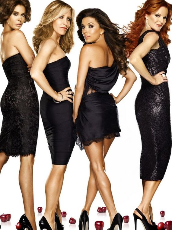 """TV3 nuotr./Serialo """"Nusivylusios namų šeimininkės"""" aktorės (iš kairės): Teri Hatcher, Felicity Huffman, Eva Longoria ir Marcia Cross"""