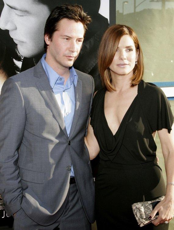 """""""Scanpix"""" nuotr./Sandra Bullock ir Keanu Reevesas 2006-aisiais"""