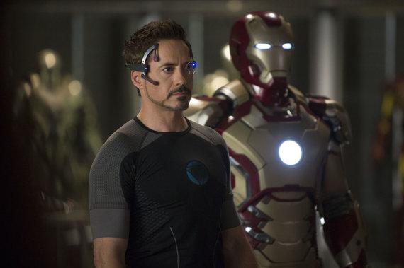 """Kadras iš filmo """"Geležinis žmogus 3""""/Robertas Downey jaunesnysis"""
