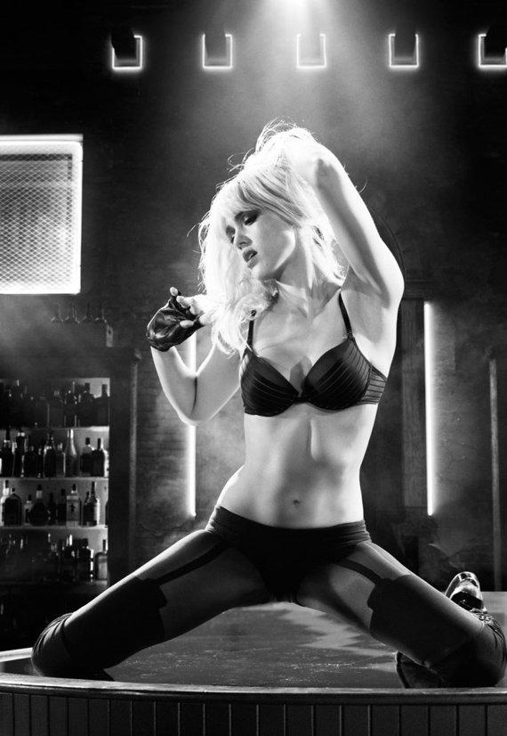 """Filmo kūrėjų nuotr./Jessica Alba filme """"Nuodėmių miestas 2"""""""