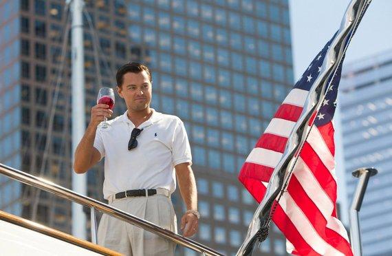 """""""Scanpix""""/AP nuotr./Leonardo DiCaprio filme """"Volstrito Vilkas"""" (2013 m.)"""