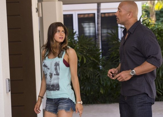 """ACME Film"" nuotr./Alexandra Daddario ir Dwayne'as Johnsonas filme ""San Andreas"""