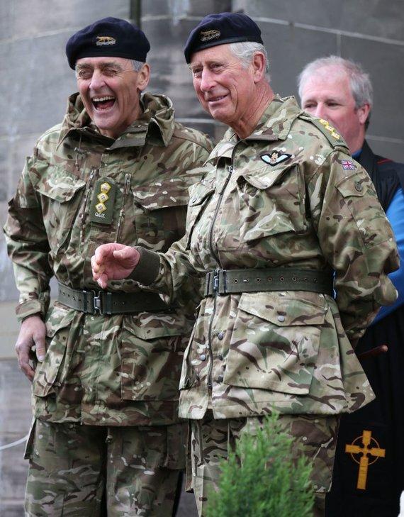 """""""Scanpix""""/""""PA Wire""""/""""Press Association Images"""" nuotr./Vestminsterio hercogas Geraldas Cavendishas Grosvenoras ir princas Charlesas (2014 m.)"""