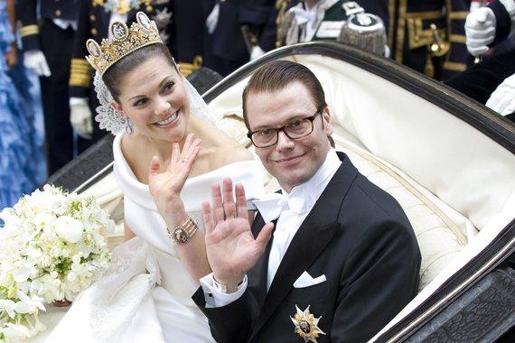 Vida Press nuotr./Švedijos princesė Victoria ir princas Danielis (2010 m.)