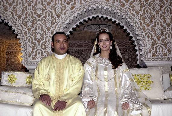 Vida Press nuotr./Maroko karalius Mohamedas VI ir jo žmona Lalla Salma (2002 m.)