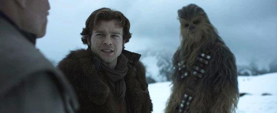"""Kadras iš filmo/Filmas """"Solo. Žvaigždžių karų istorija"""""""