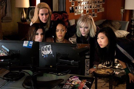 """Kadras iš filmo/Sandra Bullock, Sarah Paulson, Rihanna, Cate Blanchett ir Awkwafina filme """"Oušeno aštuntukas"""""""