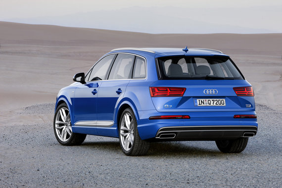 "Naujoji ""Audi Q7"""