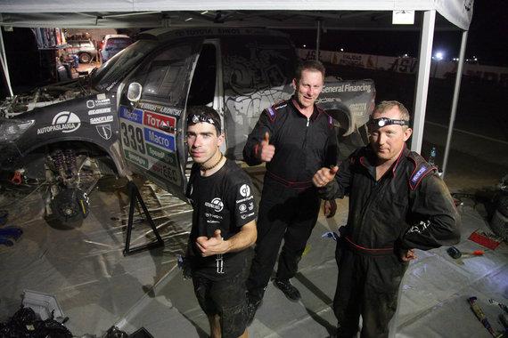 Tomo Tumalovičiaus nuotr./Dakaro bivakas po antro etapo