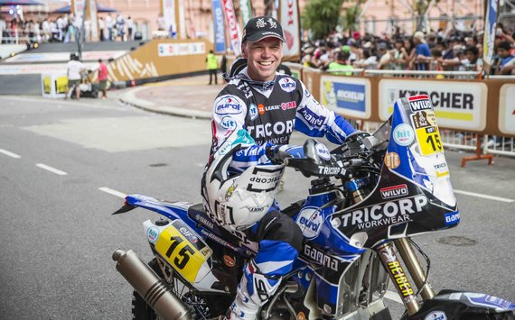 Gedmanto Kropio nuotr./Dakaro maratono 2015 starto podiumas