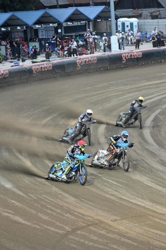 """""""Speedway"""" motociklų varžybos Latvijoje"""
