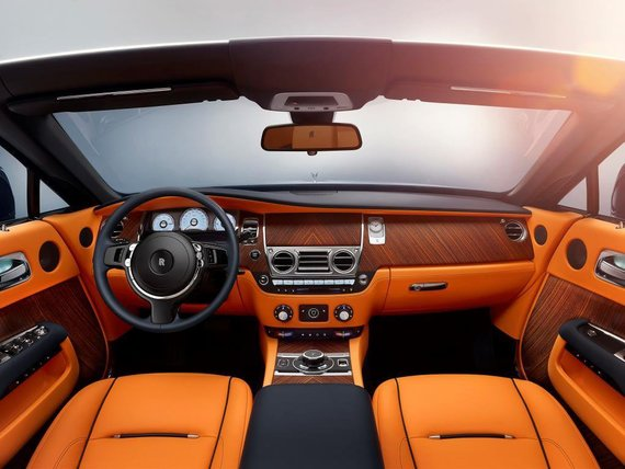 """Rolls-Royce"" nuotr. /""Rolls-Royce Dawn"" kabrioletas"