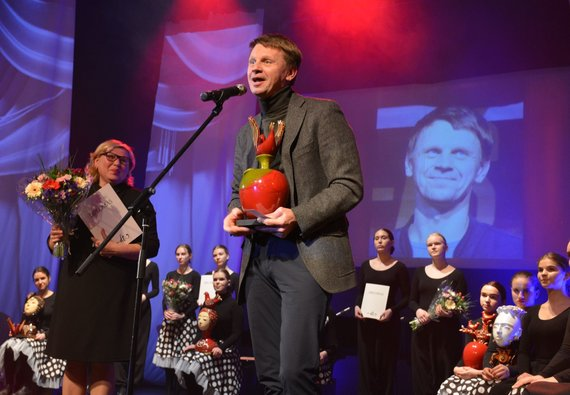 Rūtos Averkienės nuotr./Varėnoje baigėsi jau dešimtasis žymios kraštietės, iš Senosios Varėnos kilusios režisierės Dalios Tamulevičiūtės profesionalių teatrų festivalis.