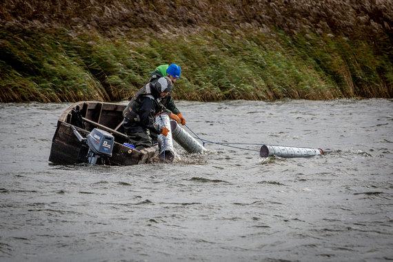 Vidmanto Balkūno nuotr./Nemune žvejai nuo seno gaudo ypatingus gyvius – nėges, kurios neturi ne žvynų, nei kaulų