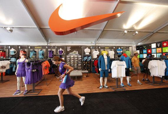 """""""Reuters""""/""""Scanpix"""" nuotr./""""Nike"""" parduotuvė dabar"""