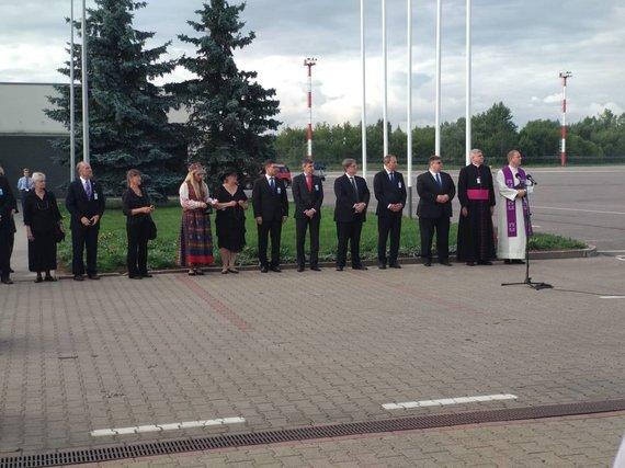 15min/U.Antanavičiaus nuotr./Į Lietuvą atgabenti signataro M.Biržiškos palaikai