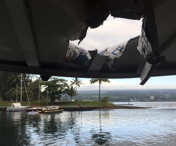 """""""Scanpix""""/AP nuotr./Havajuose ugnikalnio lavos bomba pataikė į laivą"""
