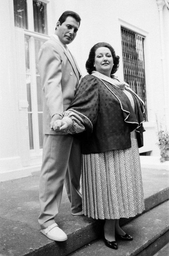Vida Press nuotr./Montserrat Caballe ir Freddie Mercury