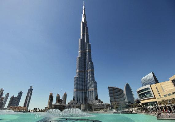 """""""Reuters""""/""""Scanpix"""" nuotr./Dabartinis aukščiausias pastatas pasaulyje – Burj Khalifa, esantis Dubajuje"""