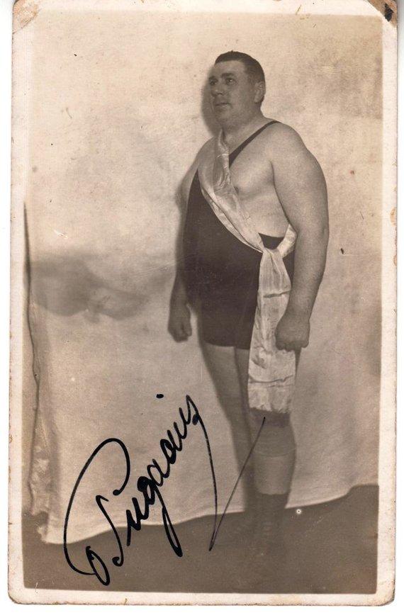 Nuotrauka iš Eugenijaus Peikštenio kolekcijos/Imtynininkas, atletas O.Pugačius-Pugačiauskas.