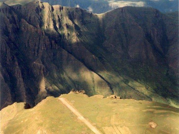 wikimedia.org/Lesoto oro uosto Afrikoje kilimo ir leidimosi takas
