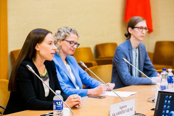 O.Posaškovos nuotr./Lygių galimybių kontrolierė Agneta Skardžiuvienė (kairėje)