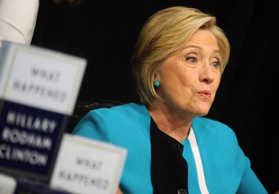 """""""Scanpix"""" nuotr./Knygos apie Hillary Clinton """"Kas nutiko?"""" (angl. """"What happened?"""") pristatymas"""