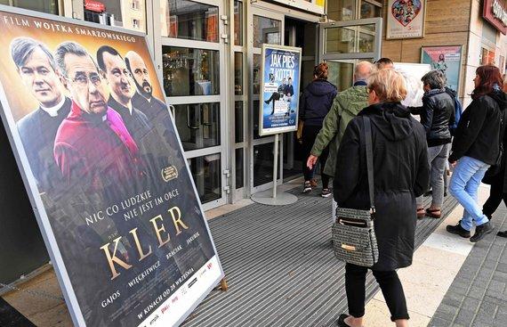 "AFP/""Scanpix"" nuotr./Filmo ""Kleras"" kadrai"