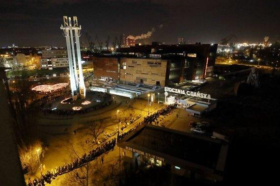 gdanskas.pl nuotr./Gdanskas atsisveikina su nužudytuoju meru Pawelu Adamowicziumi.