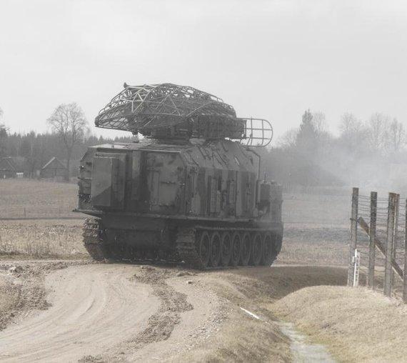 OESKV nuotr./Išgabenama sovietinius laikus menanti radiolokacinė įranga