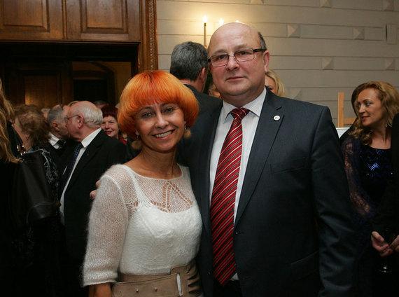 Aliaus Koroliovo nuotr./Visvaldas Matijošaitis su žmona Irena