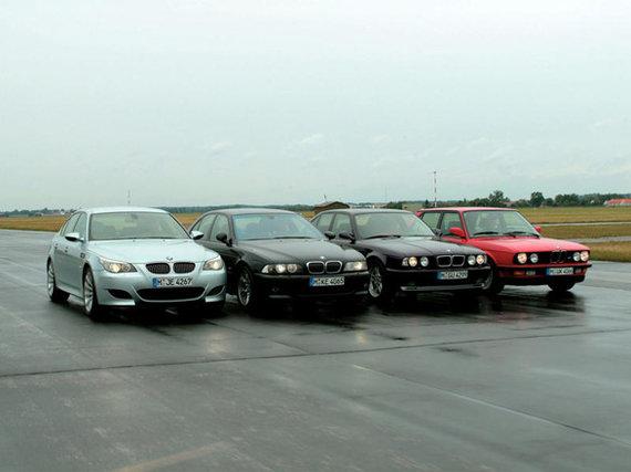 Gamintojo nuotr./BMW M5 (iš dešinės: E60, E39, E34, E28)